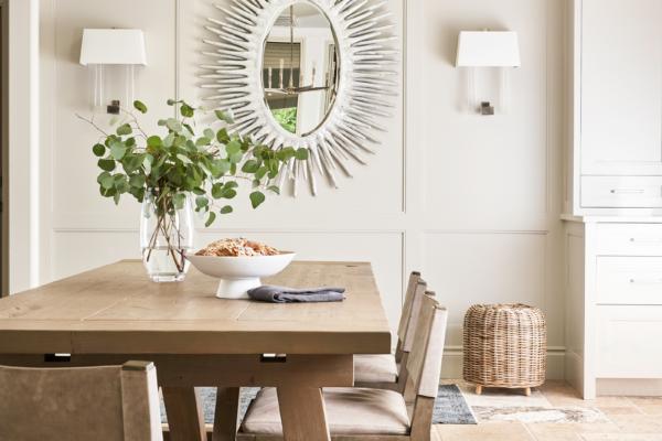 Protfolio-Dinning-Table